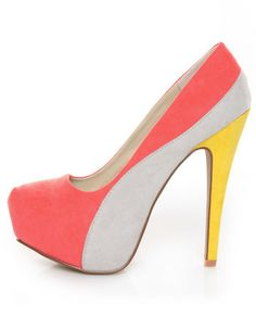 Qupid Penelope 44X Coral Curvy Color Block Platform Pumps