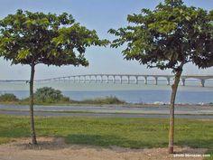 pont de l'île de Ré vu du continent | Bridge between island and mainland | Has a cycle lane!
