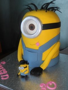 Despicable me Minion By selfconfessed on CakeCentral.com