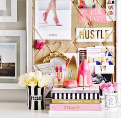 The perfect girly office decor Home Design, Blog Design, Website Design, Glam Room, Home Office Decor, Decorating Office At Work, Decorating Ideas, Decor Ideas, Beauty Room