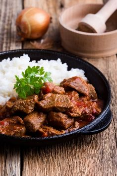 Clean Eating, Slow Cooker Recipes, Healthy Dinner Recipes, Crockpot, Curry, Food And Drink, Marie Claire, Cooking, Ethnic Recipes
