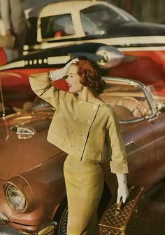 33 Ideas Fashion Vintage Style Harpers Bazaar For 2019 Moda Vintage, Vintage Vogue, Vintage Glamour, Vintage Beauty, Vintage Ladies, Vintage Prints, Vintage Photos, 1950s Fashion, Vintage Fashion