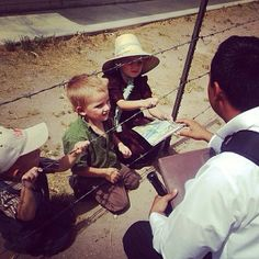 Chihuahua, Mexico- -Sharing The Good News of God's Word The Bible with Mennonite children JW.org-