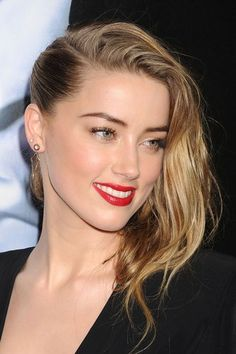 The Hottest Long Hairstyles & Haircuts For 2014 - Amber Heard