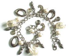 Styling with Bracelet Jewelries