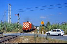 1459 CP Portugal CP 1400 class at Pinhal Novo, Portugal by Maarten van der Velden Train Art, Trains, Fair Grounds, Van, Transportation, Vans, Train, Vans Outfit