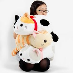 Kawaii is the page for all things cute and adorable the internet has to offer. Here you will find the most heart-melting items which you will fall and get your impulsing buying sense's tingling. Cute Hug, Diy Fluffy Slime, Owning A Cat, Tokyo Otaku Mode, Cute Stuffed Animals, Mode Shop, Cute Pillows, Little Kittens, All Things Cute