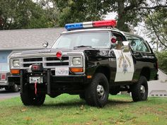 Your dream job + your dream vehicle Dodge Ramcharger. Would it get any better… Pickup Trucks, Old Dodge Trucks, Ram Trucks, Old Police Cars, Police Truck, Cool Trucks, Fire Trucks, Cool Cars, Rescue Vehicles