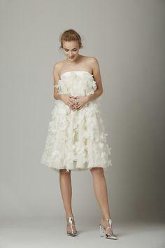 How To Go To The Bathroom In A Wedding Dress Wedding Ideas