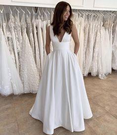 White Dress, Gowns, Bridal, Studio, Wedding Dresses, Classic, Fabric, Instagram, Fashion
