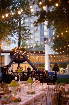 Dusk Outdoor Wedding at the Nasher Sculpture Center