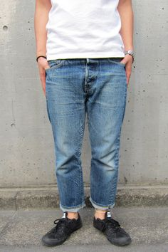 Fashion Wear, Denim Fashion, Vintage Street Fashion, Denim Art, Casual Wear For Men, Suit Shirts, Patched Jeans, Casual Outfits, Menswear