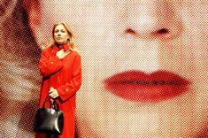 "Every woman should see this film!""Todo sobre mi madre"" 1999 Pedro Almodóvar"