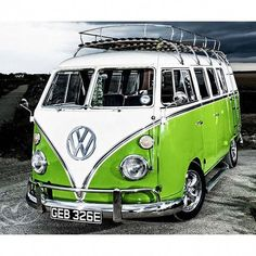 Welcome to Volkswagen UK. Discover all the information about our new, used & electric cars, offers on our models & financing options for a new Volkswagen today. Volkswagen Transporter, Volkswagen Bus, Vw T1, Vw Camper, Hippie Camper, My Dream Car, Dream Cars, Classic Trucks, Classic Cars