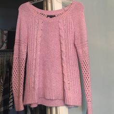 Light pink sweater from AE! Size small Gorgeous light pink colored sweater from American eagle American Eagle Outfitters Sweaters