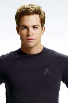 Chris Pine as Captain James T. Kirk in Star Trek (2009) // I don't usually repin Chris Pine but his face was exceptionally pretty here