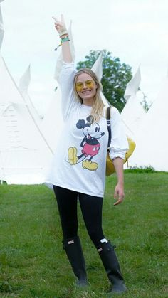 Margot Robbie from Celebs at Glastonbury 2017 The Suicide Squad star  strikes a pose. ca4bfea92