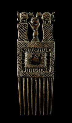 Africa | Comb from the Asante people | Wood