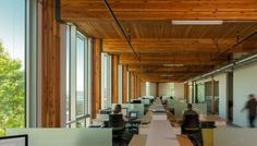 floor structure eliminated the need for a perimeter beam,  improving daylight