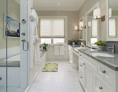Creating-A-White-Bathroom-Interior-Design-(10)