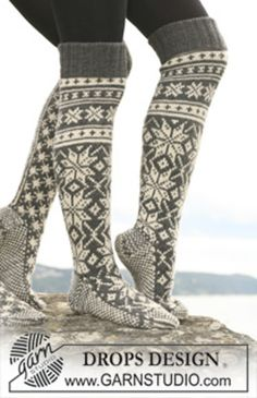 """Ravelry: 110-42 socks with star pattern in """"Karisma"""" pattern by DROPS design"""