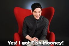 """Robin Lord Taylor Took Our """"Which Gotham Character Are You"""" Quiz ^^ he's so cute"""