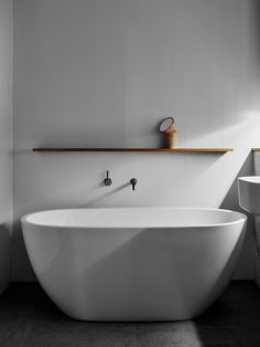 Modern bathtub inspiration bycocoon.com | freestanding bathtubs | sturdy stainless steel bathroom taps | bathroom design | renovations | interior design | villa design | hotel design | Dutch Designer Brand COCOON