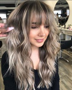 Brown Hair Bangs, Blonde Hair With Bangs, Brown Hair With Blonde Highlights, Hair Highlights, Color Highlights, Ombre Hair With Fringe, Balayage With Fringe, Ash Blonde Hair Balayage, Beige Hair