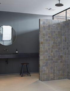 brick-location-bath