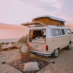 how all weekends should look like 🚌🧺  Kirsty Cane doin' it right! 🙌✨ Wandering Folk Picnic Rug designs are available online now! 💕⠀ ➳ LINK IN BIO Happy weekending! Beach Aesthetic, Travel Aesthetic, Camping Aesthetic, Camping Survival, Camping Hacks, Camping Glamping, Outdoor Survival, Kombi Trailer, Diesel