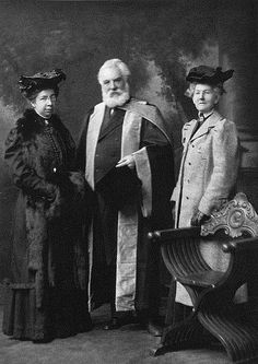 Bell receives honourary LL.D from University of Edinburgh. This Day in History: Mar 7, 1876: Alexander Graham Bell patents the telephone http://dingeengoete.blogspot.com/