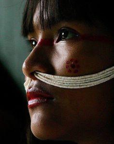 South America | Portrait of a Marubo woman wearing beaded jewelry through her nos, Aldeia Maronal, Amazonas, Brazil #piercing #beads