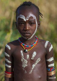 ˚Bashada Tribe Kid With Body Painting, Dimeka, Omo Valley, Ethiopia