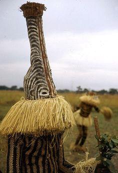 Africa | Minganji masquerader, near Gungu, DR Congo. 1951 | ©Eliot Elisofon.