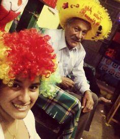 Con mi abuelo :)