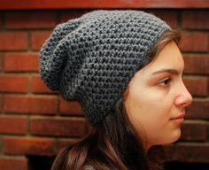 free 'Simply Slouchy Beanie' pattern- this is the easiest hat pattern EVAR! perfect for a beginner to crochet, though the seaming is slightly more complicated  *PardonMyChaos-am...