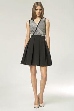 http://www.sklep.nife.pl/p,nife-odziez-sukienka-s42-czarny-wzor,25,852.html