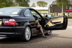 BMW Coupé M-Sport - Automessen in Deutschland - Termine ab . Bmw E46 330, E46 Coupe, Bmw 325, Bmw Girl, Modified Cars, Fast Cars, Sport Cars, Cars Motorcycles, Cool Cars