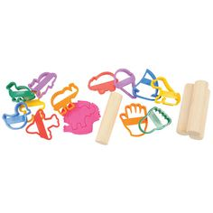 2 years & up. Toddlers will work fine and gross motor skills as they roll out soft dough and cut the dough with fun shapes. Includes 4 wooden rolling pins and 12 clay cutters. Dough sold separately.