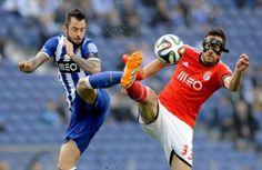 O Benfica vence o FC Porto no jogo da semi final da Taça da Liga disputado no Dragão. - 2 (© LUSA FERNANDO VELUDO)