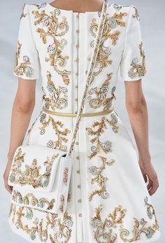 Barocke Ranken bei #Chanel Couture