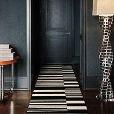 Matte walls & graphic rug