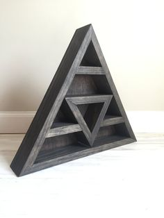 Triangle Shelf for Crystal Display by WildnessTonic on Etsy Sacred Geometry Triangle, Triangle Shelf, Zen Room, Got Wood, Crystal Shelves, Home Projects, Furniture Projects, My New Room, Wood Crafts