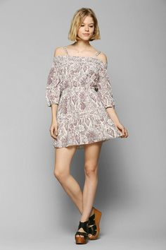 Ecote Gauze Off-The-Shoulder Peasant Dress #urbanoutfitters