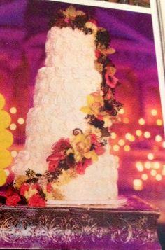Danielle Fishel's wedding cake