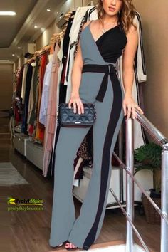 Elegant Jumpsuits For Wedding, Jumpsuit For Wedding Guest, Teen Fashion Outfits, Look Fashion, Classy Fashion, Fashion Ideas, Chic Womens Fashion, Fashion Dresses, Classy Outfits For Women