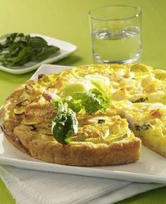 Open pie with cheese and leek