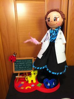 Profesora personalizada con pizarra de gomaeva