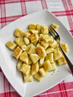 Anula's Kitchen: Polish gnocchi - kopytka...