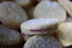 Cebicin keittiössä: Herrasväen pikkuleivät Cake Pops, Ovet, Biscuits, Sandwiches, Ice Cream, Cookies, Baking, Desserts, Food